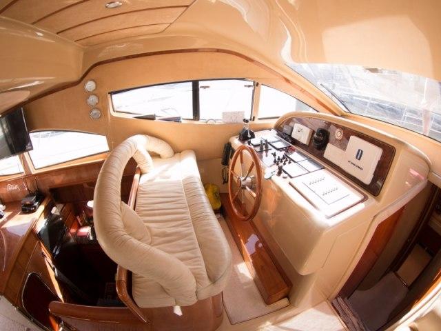 Cozmo 55 Ft Yacht Charter 10