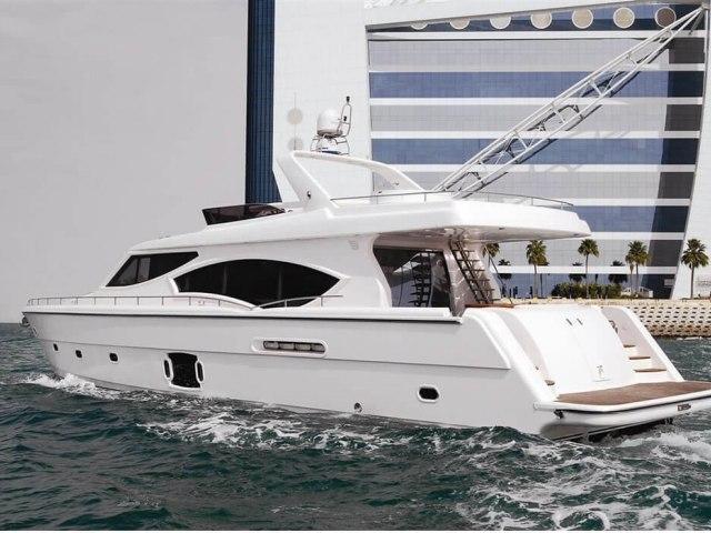 RY 85 Ft Yacht Rental 2