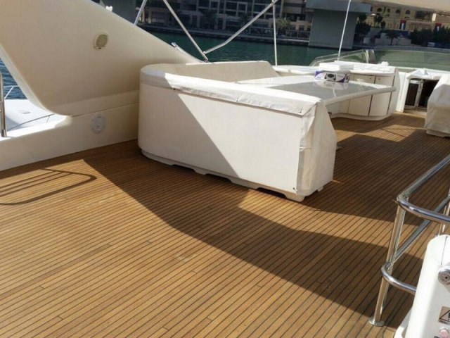 Cozmo 85 Ft Yacht Rental 4