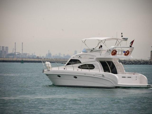 Xclusive 48 Ft Al Shalli Yacht Charter 5