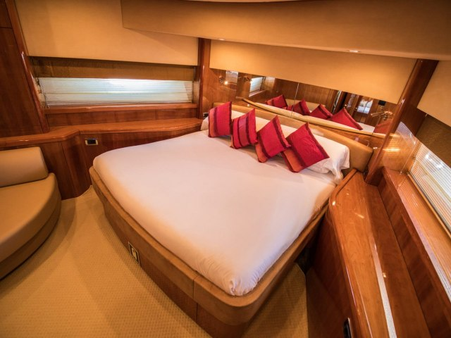 Notorious 90 Ft Yacht Charter 5