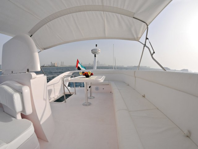 Xclusive 53 Ft Yacht Rental 8