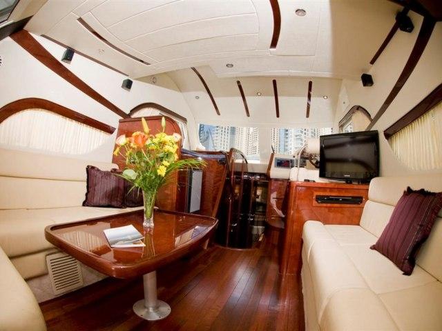 Xclusive 48 Ft Al Shalli Yacht Charter 6