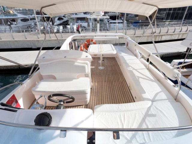 Xclusive 52 Ft Yacht Charter 5