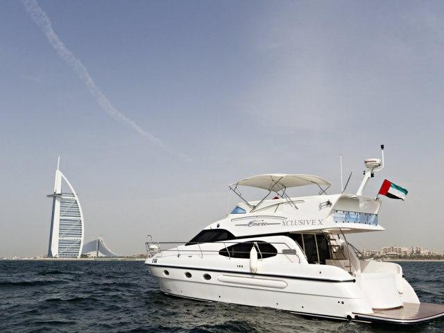 Xclusive 53 Ft Yacht Rental 9