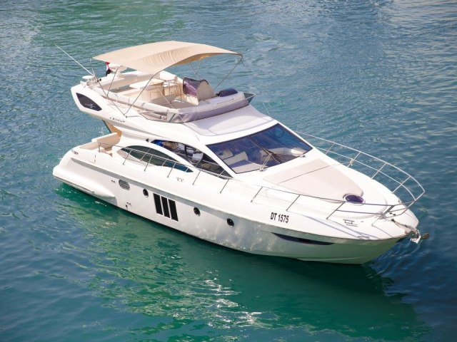 Xclusive 48 Ft Yacht Rental 1