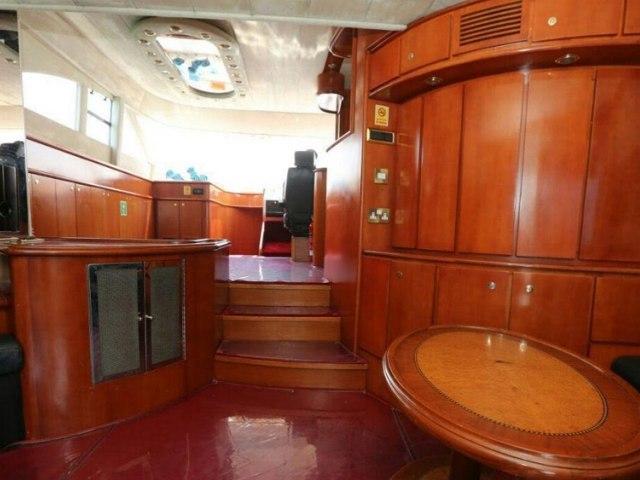 Cozmo 75 Ft Yacht Rental 11