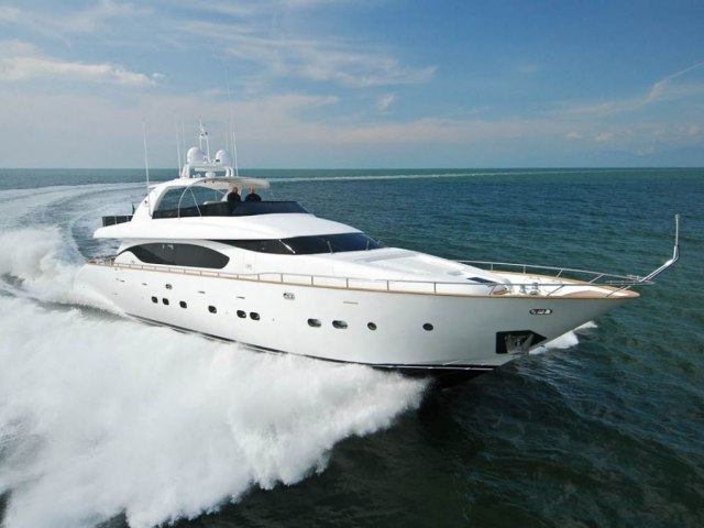 Xclusive 96 Ft Yacht Rental 1