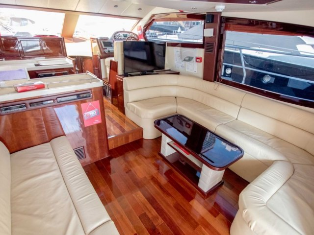 Xclusive 52 Ft Yacht Charter 7