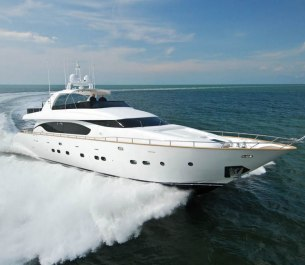 Xclusive 96 Ft Yacht Rental